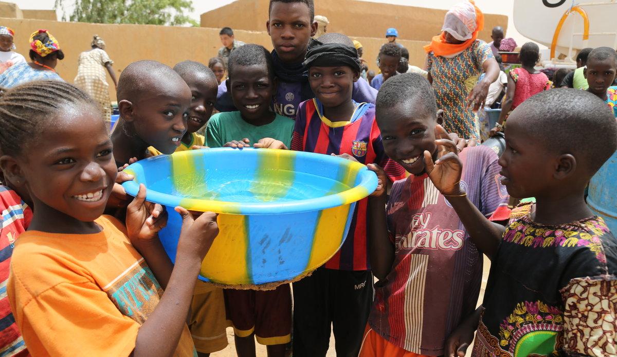 """Résultat de recherche d'images pour """"Mali, eau potable"""""""